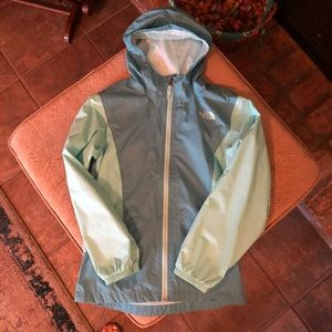 Girls' size Large, The North Face windbreaker